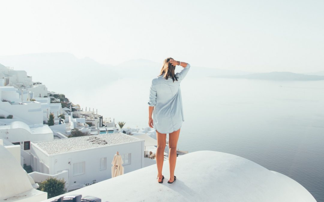 Pros and Cons of Working As an Independent Travel Agent (To Be Independent or Not To Be)